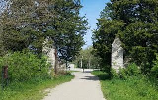 the gate devil's gate libertyville illinois